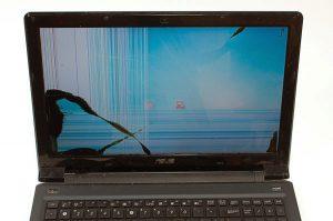 cach-khac-phuc-loi-man-hinh-laptop-bi-nhieu-soc-1