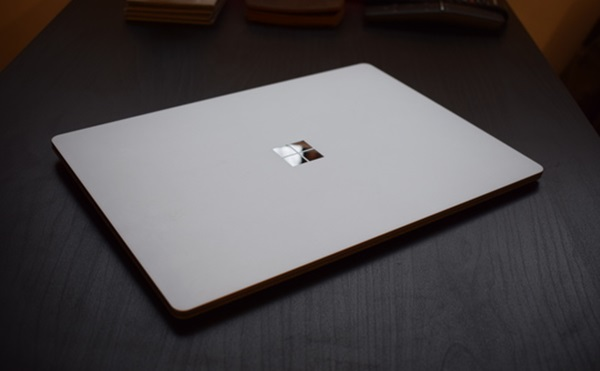 microsoft-surface-laptop-2-chiec-laptop-sanh-ngang-cung-macbook-air-3