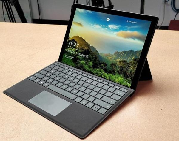 surface-book-surface-pro-surface-laptop-nen-lua-chon-san-pham-nao-cho-cong-viec-cua-ban