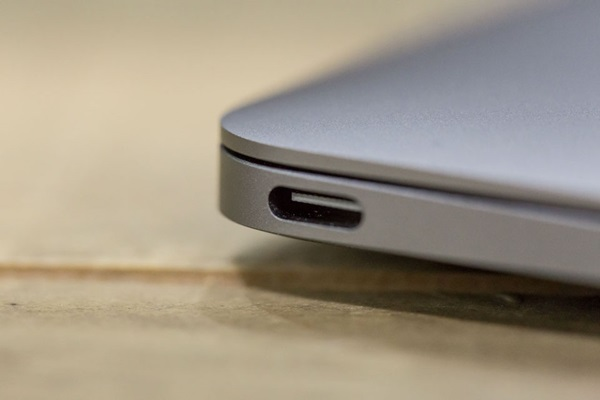 khi-chuyen-tu-macbook-sang-surface-laptop-can-biet-dieu-gi-1