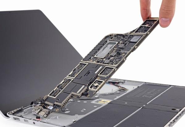 kho-sua-chua-khuyet-diem-chet-nguoi-cua-surface-laptop-16