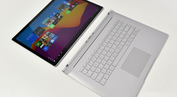 nhung-laptop-15-inch-dang-dung-trong-nam-20191