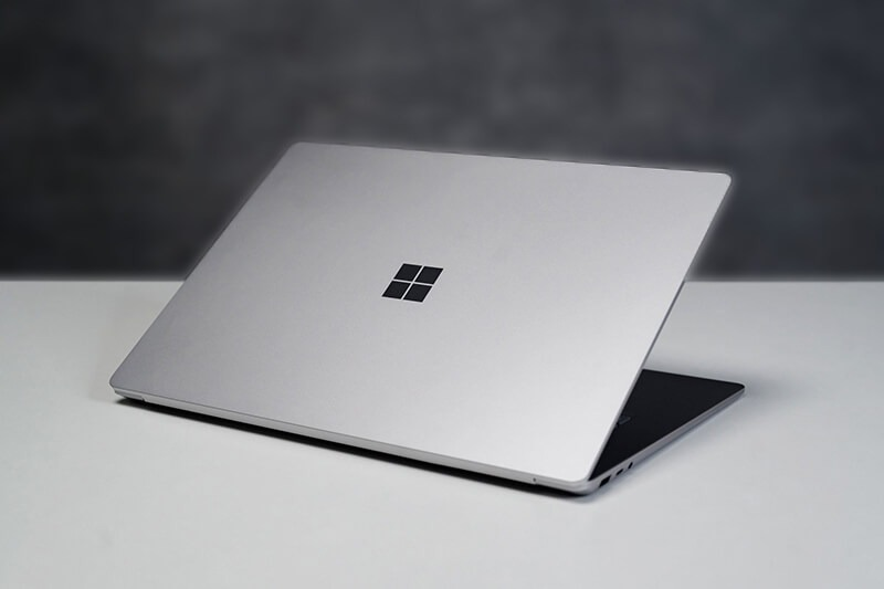 binh-minh-phat-mua-surface-laptop-2-uy-tin-tai-sai-gon2