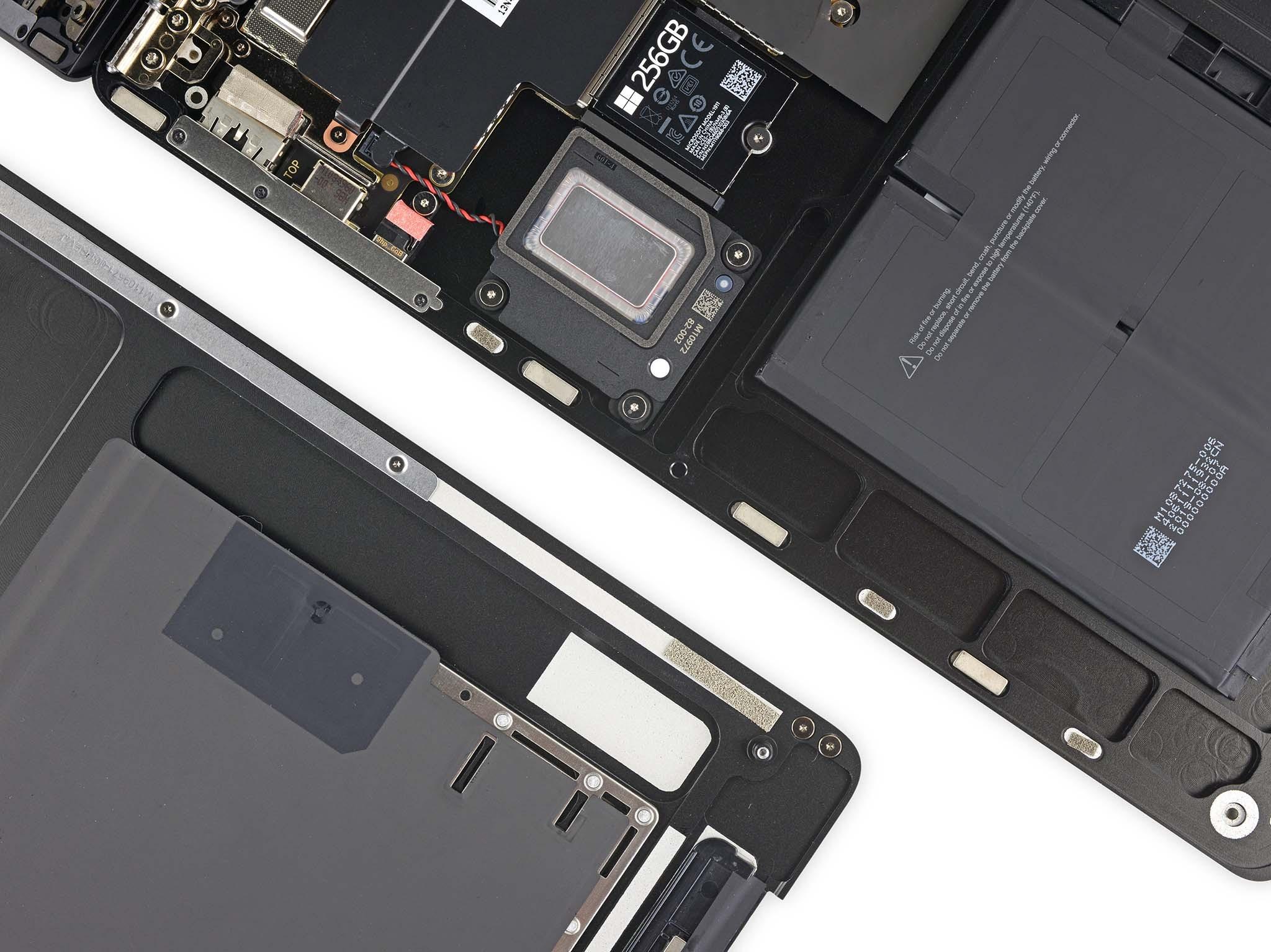 sua-surface-laptop-3-nay-that-de-dang6