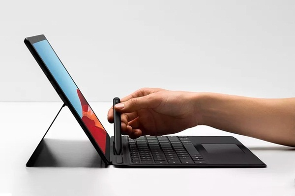 surface-pro-x-la-chiec-surface-dau-tien-su-dung-arm-tu-microsoft