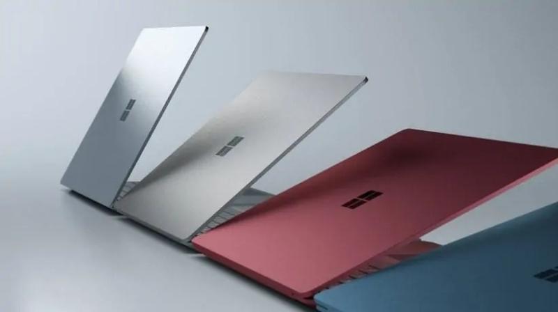 Surface Laptop 2 phải cạnh tranh rất gay gắt trên thị trường