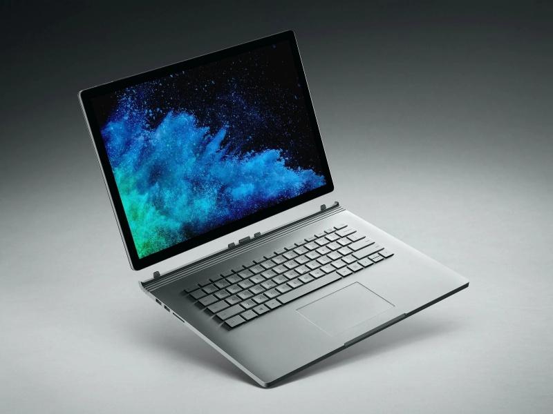Đánh giá Surface Book 2 về độ rung màn hình